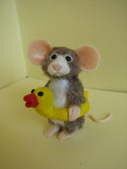 2bedde8b609922449bae9b33eb1e76b0--house-mouse-cute-polymer-clay